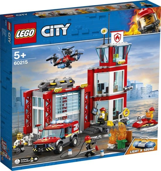 Pretend play with lego