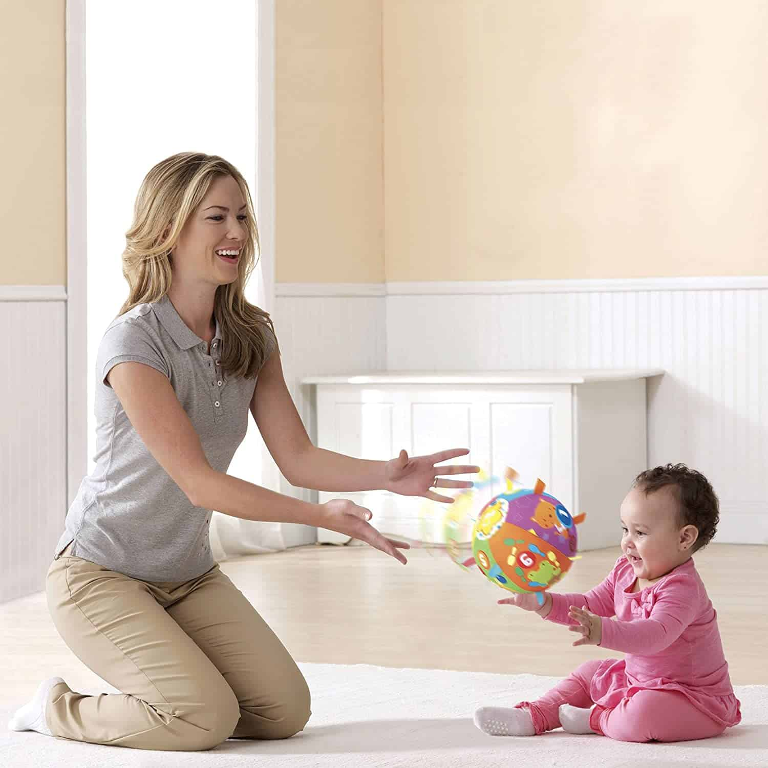 Cutest tactile baby toys: VTech Cuddle & Leather ball