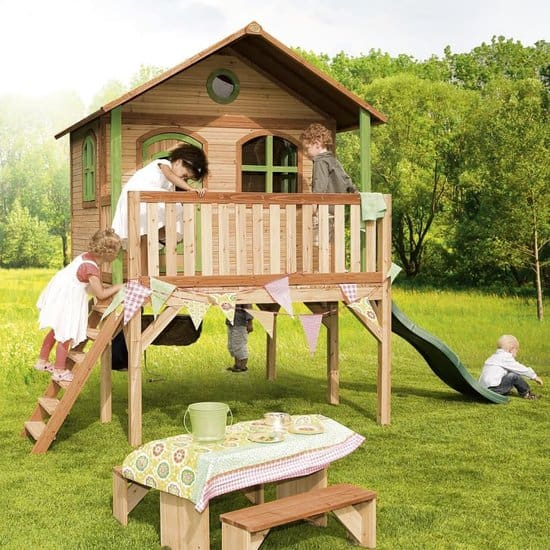 Best playhouse with slide: AXI Sophie
