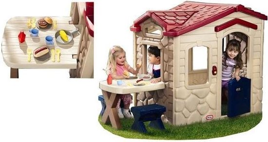 Playhouse with nicest accessories: Little Tikes Picnic