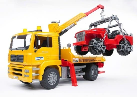 Best Tow Truck: Bruder 02750 MAN TGA Tow Truck with Cross Country Auto