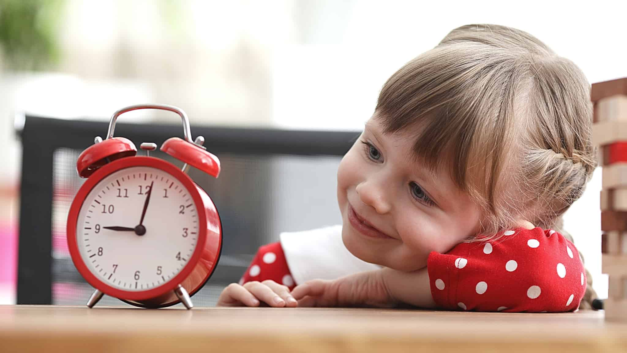 From when can a child tell the time